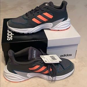 Adidas Women's shoes 90s valasion running